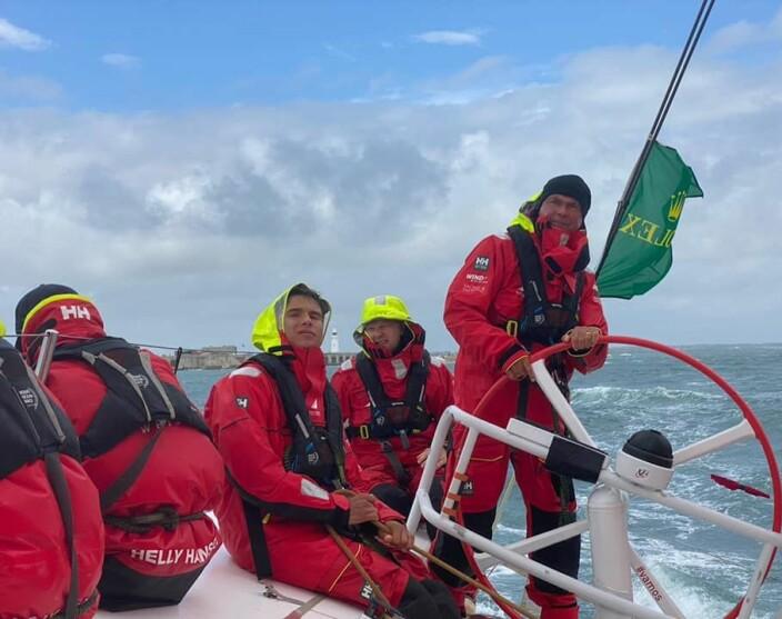 POLEN: Aksel Magdahl seiler sammen med Bouwe Bekking i VO65 «Sailing Poland.