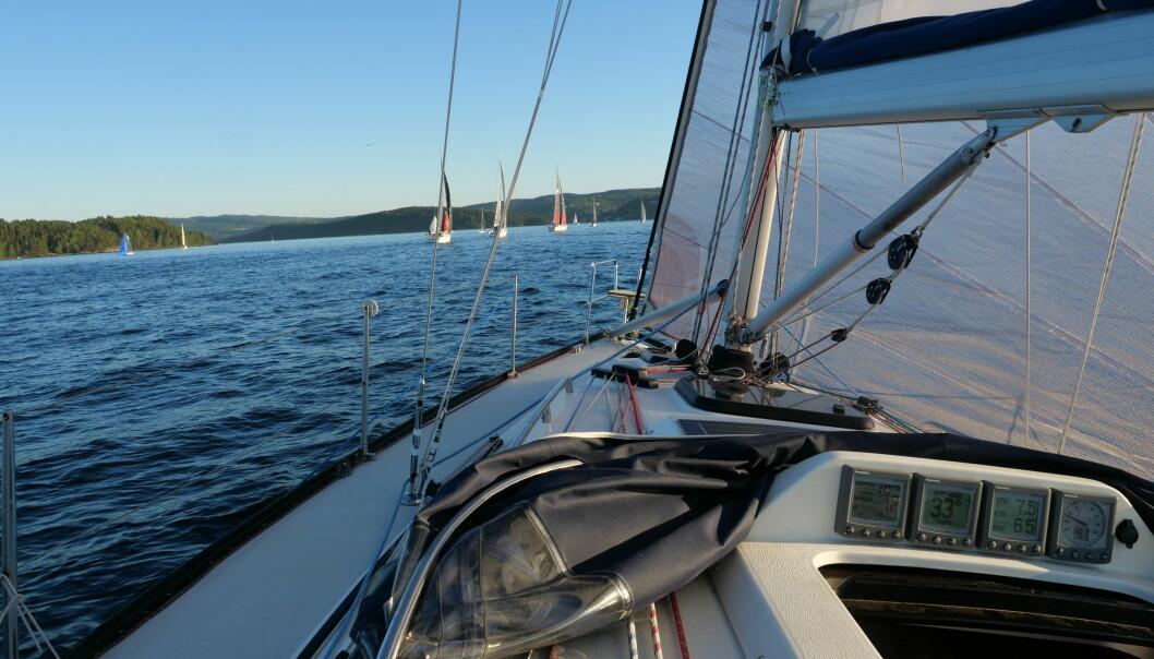 KRYSS: Med vind fra syd blir det kryss ut Oslofjorden.