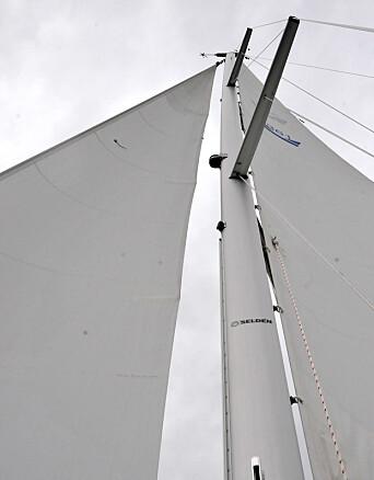 WIRE: Riggen er moderne, men Seldén har levert wirefall noe som tilhører 70-tallet.