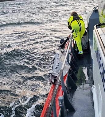 REDDER: Brettseiler plukket opp en nautisk mil fra Åsgårdstrand.