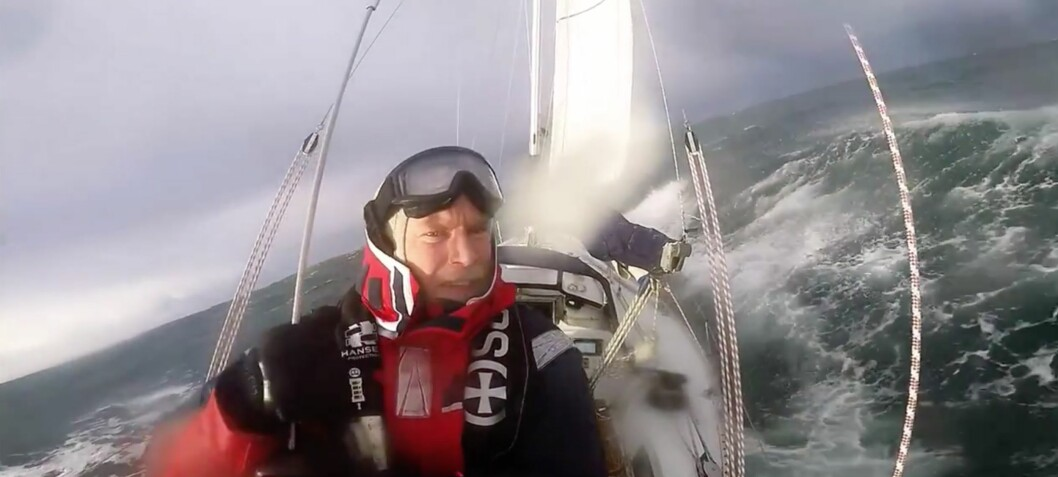 Setter kurs for Grønland alene