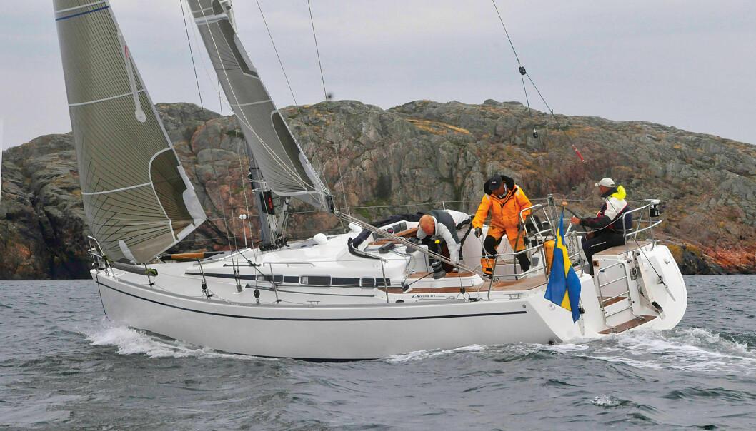 ARCONA: Flott design, godt bygget og en fornuftig innredning. Denne båten er det beste kjøpet om du klarer deg med to lugarer.