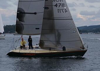 JUNIOR: Sarpsborg seilforening har egen halvtonner for de unge.