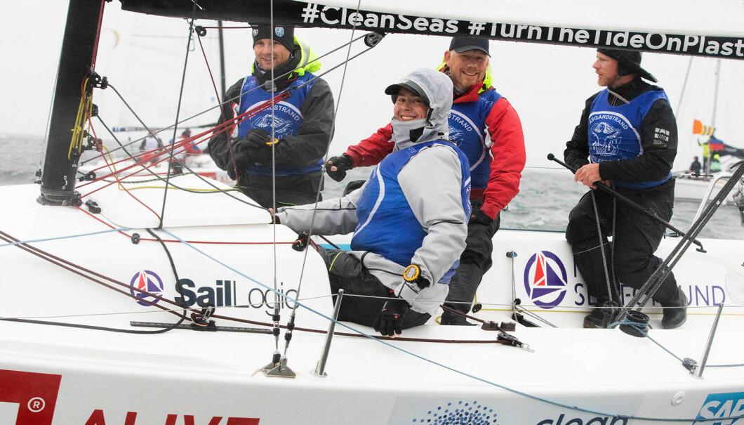 SEIER: Åsgårdstrand-seilerne har all grunn til å smile etter at seieren i årets eliteserie var i boks.