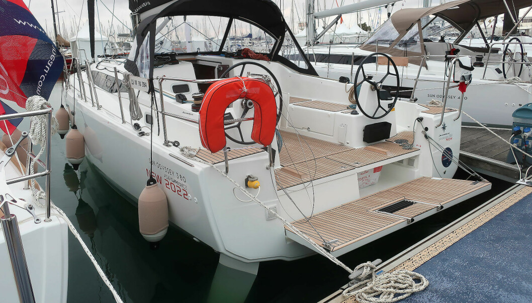 NYHET: Sun Odyssey 380 viser at Jeanneaus cockpitkonsept fungerer på båter under 40 fot.